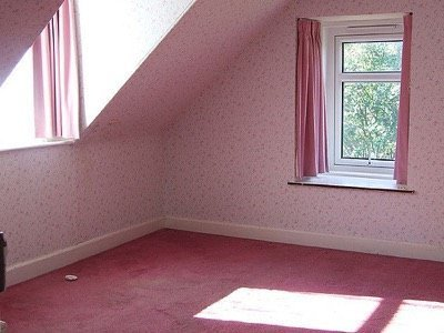No stuff in pink room