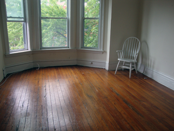 Empty room, no stuff in it